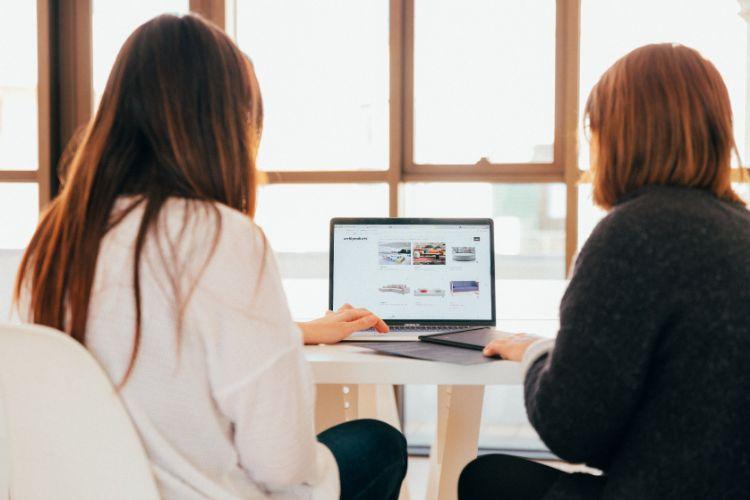 Employees engaging in virtual corporate volunteering